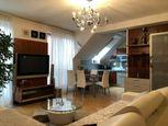 AARK: 3 izbový byt s 2 parkovacími miestami, Františkánska, Trnava - Centrum