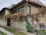 Na predaj : Rodinný dom v obci Mudrovce