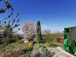 Slnečná 4,2á záhrada s unimobunkou vo Vyšnej Hutke