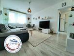Na predaj  4+1 izbový byt s garážou v obci Trenčianske Jastrabie!