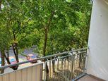 IMPREAL »»» Ružinov »» Priestranný (63m2)  2 izbový byt so samostatnou kuchyňou » cena 430,- EUR ( E