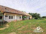 Na predaj 4-izbový vidiecky dom v pôvodnom stave v obci Iža