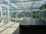 Rodinný dom v radovej zástavbe / 268 m2 / Žilina - Závodie