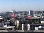 Jégeho Alej 3izb. byt - nadštandardné bývanie s výnimočným výhľadom na mesto.