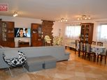 * Krásny priestranný byt neďaleko mesta Poprad, 4 - izbový VEĽKOMETRÁŽNY