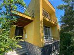 Priestranný rodinný dom s garážou na predaj v Seredi
