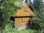 Podbanské - jeden z mála pozemkov s chatou na rekonštrukciu