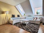 Krásny 4 izbový veľký byt v centre mesta so zariadením!!