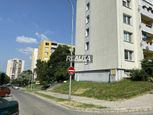 3-IZB.BYT, KLOKOČINA, PRI KAUFLANDE, 75m2, BALKÓN