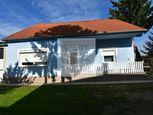 3 - izbový rodinný dom 100 m2 , pozemok 1000 m2 obec -  Dunakiliti