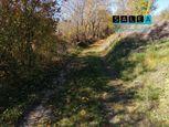 Veľký pozemok v obci Podkylava o výmere 6.253 m2