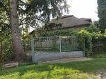 Predaj 3 izb. RD na 8,7á pozemku v Sľažanoch s garážou
