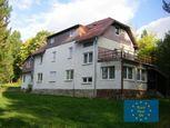 Vysoké Tatry, Tatranská Štrba, predaj rekreačnej chaty, pozemok 5.181 m2, všetky inž. siete, OV