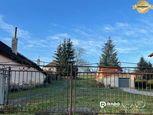 Na predaj stavebný pozemok v centre obce Mníchova Lehota 367 m²