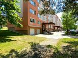 REZERVOVANÉ  3 izbového neobyčajného bytu 109 m2, ul. V. Benedikta - sídl. Sever - PRIEVIDZA