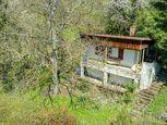 KE-KRÁSNA - rekreačná chata s veľkým pozemkom v záhradkárskej lokalite