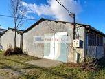 Skladové p. (časť haly) - Istrochem: 119 m2, Vajnorská ul., Nové Mesto, Ba III; 3,50.-€/mes. (416,5.