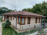 Ponúkame na predaj 4 izbový rodinný dom typ BUNGALOV v Ivanke pri Dunaji.