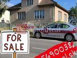 Predaj: Rodinný dom s pozemkom 682m2 v centre obce Borský Mikuláš
