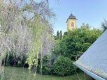 Pekný stavebný pozemok neďaleko Levíc v obci Krškany