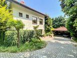 TOP PONUKA: Výnimočný rodinný dom s prekrásnou záhradou v najžiadanejšej lokalite Dúbravky na predaj