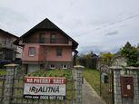 Ponúkam na predaj dvojpodlažný rodinný dom v Hurbanove
