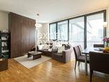 Veľmi príjemný, slnečný 2i byt, 51m2, lodžia, parkovanie, River Park