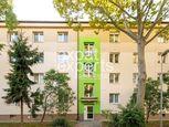3-izbový byt s garážou, pri parku Ostredky, 65m2, 2/3.posch, balkón