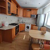 SIMI real - veľký 2 izbový byt s balkónom - 68m2