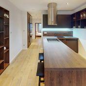 Luxusný 2 izbový tehlový byt s balkónom a komplet zariadením v centre mesta ZVOLEN