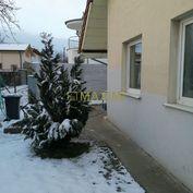 5 izbový záhradný dom v osobnom vlastníctve na ul. Mokráň Záhon v blízkosti Zlatých Pieskov.