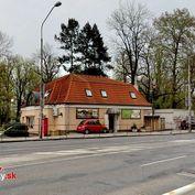 Ponúkame na predaj reštauráciu Markus v centre Trenčína, Štefánikova ulica.
