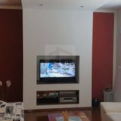 Directreal ponúka Exkluzívne predaj 4 izb. bytu po kompletnej rekonštrukcii.