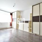 Veľký 3 izbový byt, HLINY - ŽILINA, SUPER DOSTUPNOSŤ