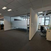 Nadštandardné administratívne priestory na prenájom o výmere 192 m2 a viac v budove Bratislava Busin