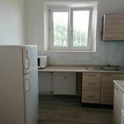 1 izbový priestranný byt pri Račianskom mýte