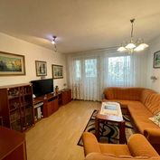 Exkluzívne ponúkame na predaj 4 izbový byt prerobený na 3 izbový na ulici P. Horova.