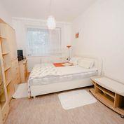 Invest & Real   REZERVOVANÝ priestranný 3 izbový byt Klimkovičova - Košice