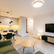 Krásny 2 izbový byt na prenájom s výhľadom do parku  v Urban Residence
