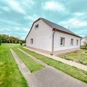 Directreal ponúka 7-izbový (3-generačný) rodinný dom s veľkým pozemkom