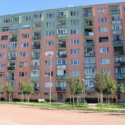 Predaj priestranného 3 izbového bytu pod úpätím Malých Karpát