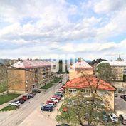 3 izbový podkrovný byt 71m2  -  Nová Dubnica
