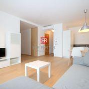 HERRYS - Na prenájom nadštandardný 2 izbový byt v Panorama City hneď pri Eurovei