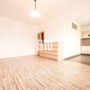Rezervované - ŠTARTOVACÍ - 1iz byt s balkónom vo vyhľadávanej lokalite Štrkovec
