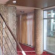 Klimatizované  obchod. priestory 110 m2 na Hodžovom nám. pri Prezidentskom paláci, NOVOSTAVBA
