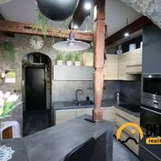 Na predaj: 1 izbový byt, 42 m2,  2/13 posch., kompletná rekonštrukcia Poprad, Podjavorinskej