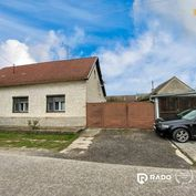 Na predaj 5i.RD 220 m2,na pozemku 726m2,na ulici Dlhá,v obci Lozorno.