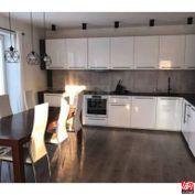 Directreal ponúka Na predaj čiastočne zrekonštruovaný, poschodový rodinný dom, obec Baka, pozemok 92