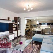 Ponúkame Vám na predaj pekný rodinný dom v obci Trenčianska Teplá.