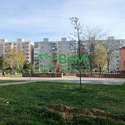 Ponúkame Vám na predaj vo výhradnom zastúpení 3- izbový byt v meste Nové Mesto nad Váhom